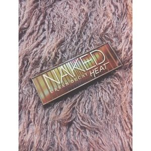 Urban Decay // Naked Heat Palette